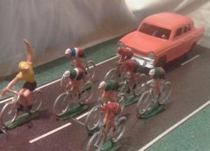 La vexata quaestio dei grupponi di ciclo-sportivi sulle strade